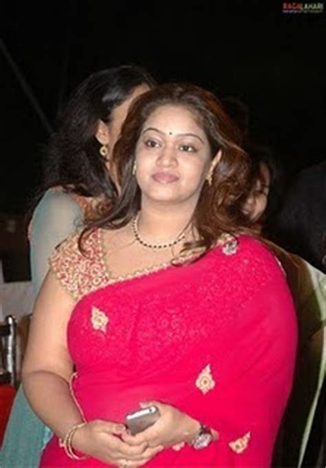 fat bengali aunty picture 1