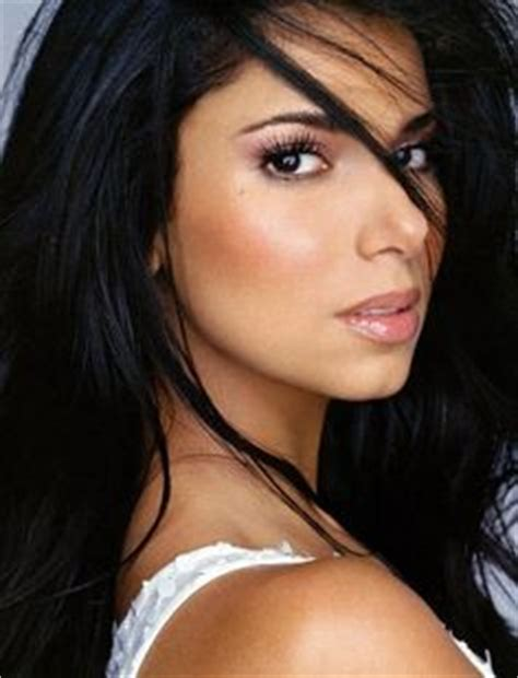 dark skin latina picture 7