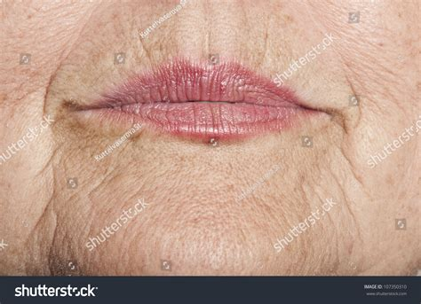 Old lips picture 11