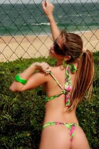 giselle sanchez not taking shower during her entire picture 9