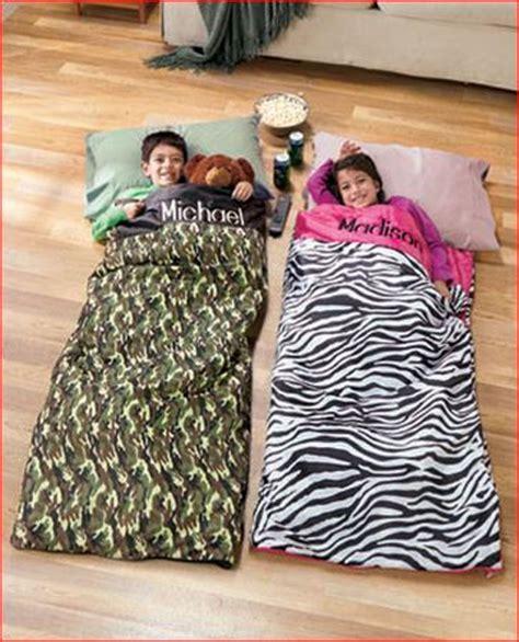 custom sleeping bag picture 14