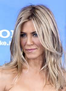 what does brown hair layered with blonde streaks look like picture 5