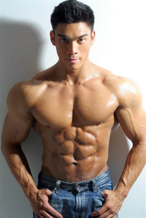 asian muscles guy picture 19