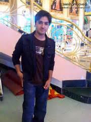 boy loking boy in karachi picture 10