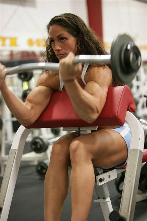 armwrestling muscle women picture 5