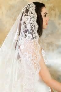 spanish mantilla wedding hair combs picture 11