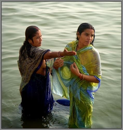 ladies taking bath in holy rivers in xossip picture 1