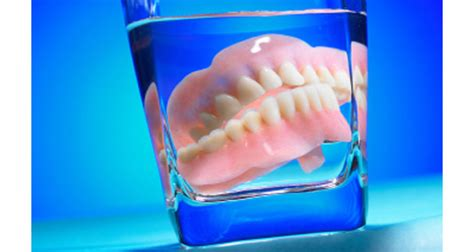 false teeth cleaner picture 1