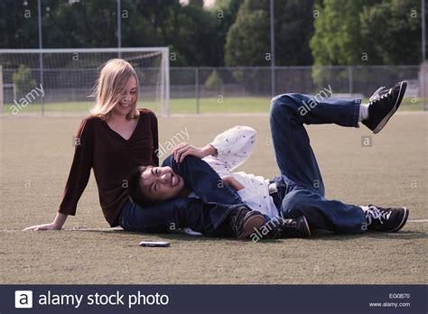 women leg wrestling picture 14