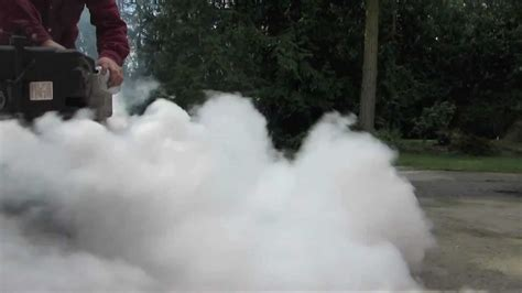 white smoke in lawn mower why picture 2