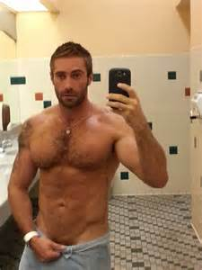 bear-chested men picture 11