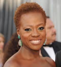 celebs with short natural hair picture 7