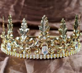 crowns on h picture 2