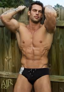 bodybuilder beautiful picture 10