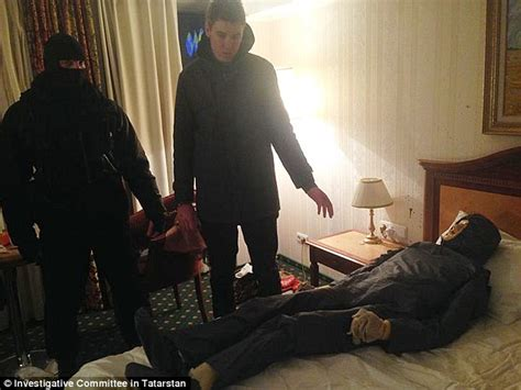 mom helps son in hotel room with his picture 4