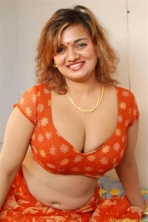 free beautiful face saree big boob south indian picture 8
