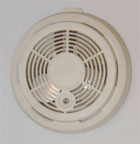 what is a smoke detector picture 7