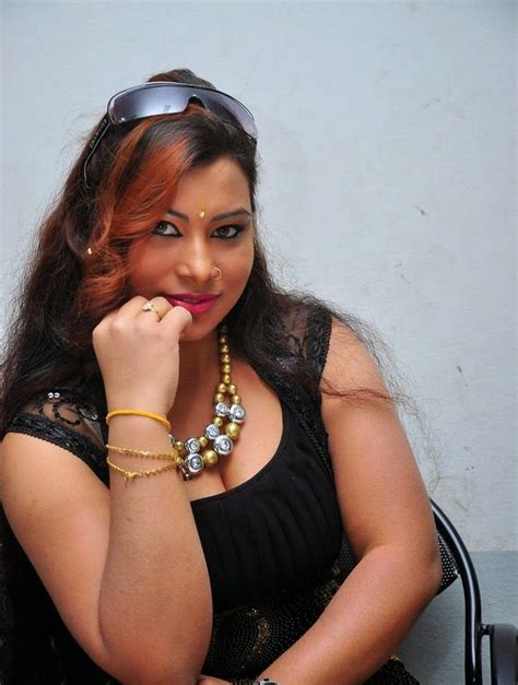 how to stop seeing cleavage of own aunty picture 13