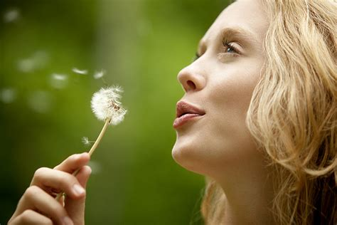 women's with dandelions picture 11