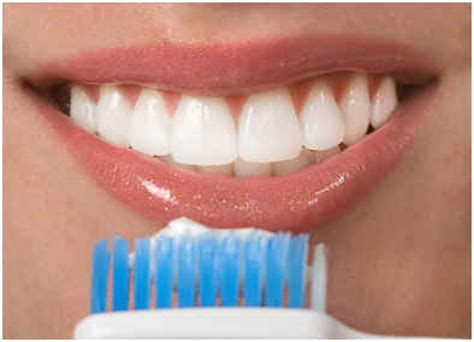 whiten teeth with peroxide wipes picture 17