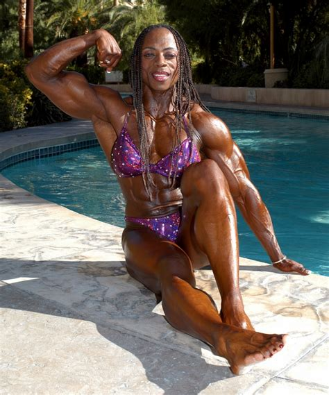 female black bodybuilders wrestling picture 9