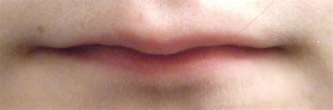 very long lips picture 2