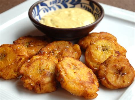 fried green plantains with garlic sauce picture 13