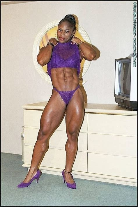 female p muscle picture 2