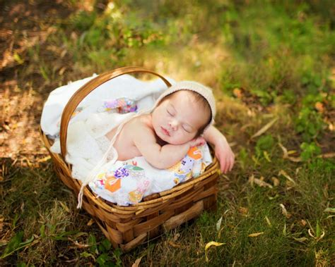 newborn sleep picture 5