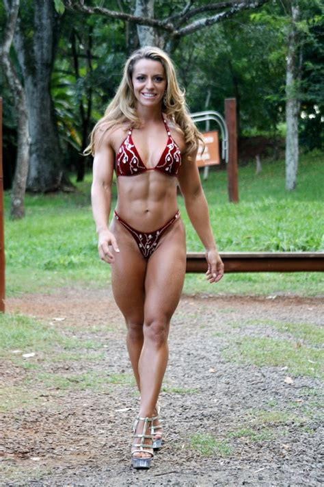 chelsea female bodybuilder picture 6