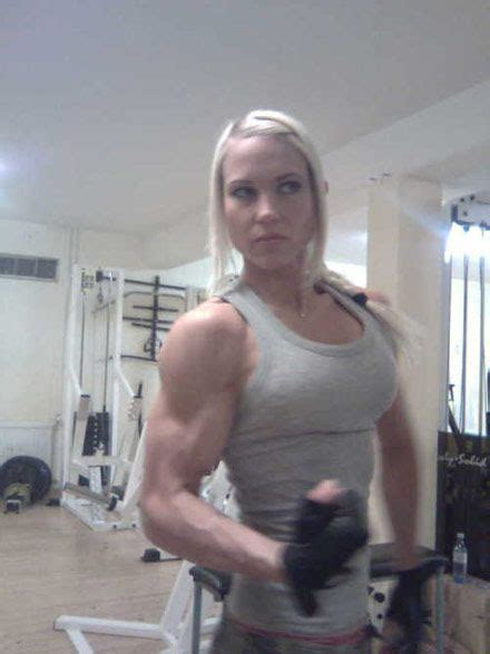 muscle women picture 1