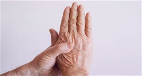 menopause joint pain picture 9