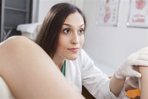 actual male medical examinations by female doctors picture 10