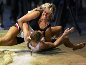 women wrestling picture 14