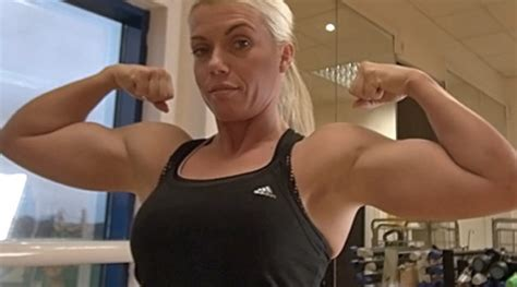 bodybuilder lift and carri picture 6