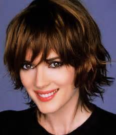 best hairstyle for short wavy hair picture 3