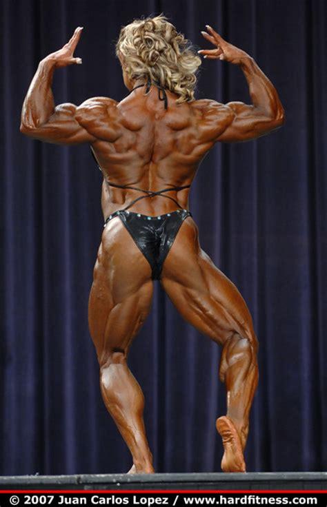 female bodybuilding private sessions picture 2