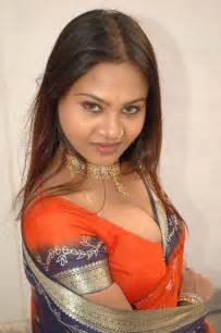 very hot south indian aunties picture 5