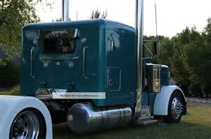 pictures of peterbilt 379 after taking off sleeper picture 7
