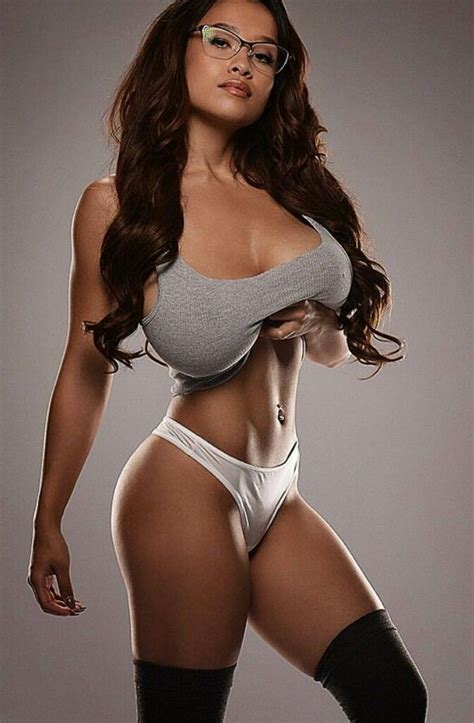 3-d huge breast picture 10