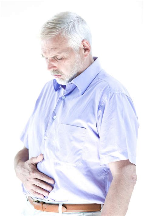 pain under ribcage pain when bladder is full picture 8