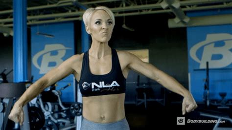 female muscle growth gif picture 1