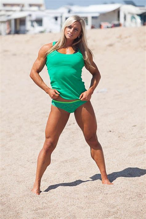 female muscle calves legs picture 1