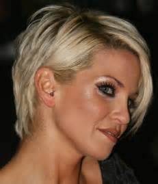 hairstyles for women over 40s picture 3