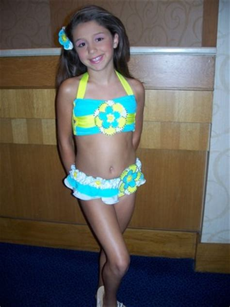 s teen models showing off skin picture 15