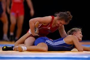 women leg wrestling picture 6