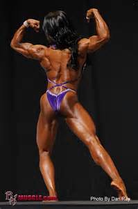 akila pervis ebony muscle picture 1