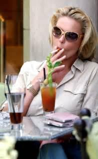 more women smoke menthol cigarettes picture 10