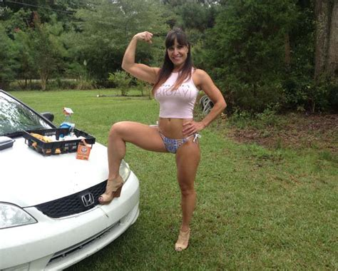 dynamic muscle flexing picture 2