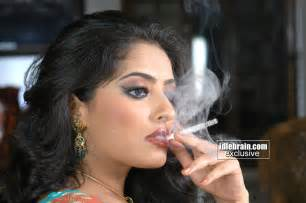 smoking desi wives picture 14